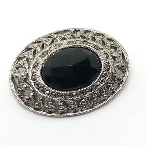 🆕Vintage 1928 Silver Marcasite & Black Oval Pin